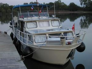 MS Sydney im Hafen Offendorf