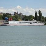 Hotelschiff vor Breisach